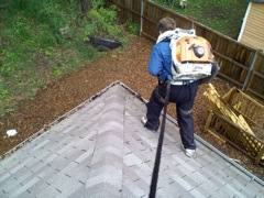 Get Your Dirty Gutters Cleaned by Marietta's Best Gutter Cleaners